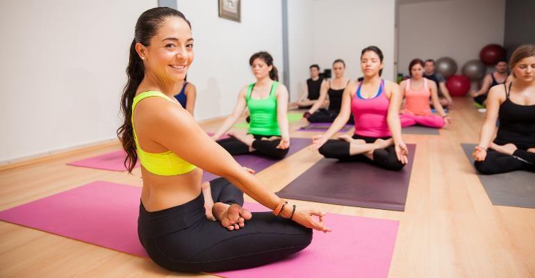 yoga-class-tips-teacher