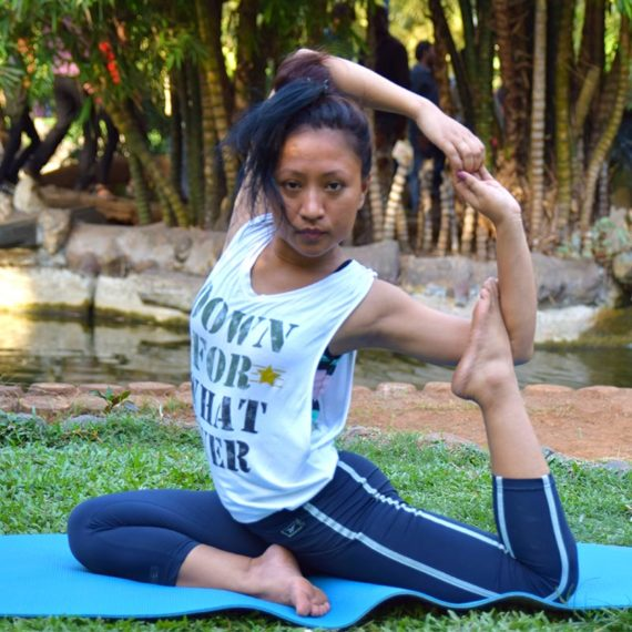 Female Yoga Trainers Mumbai Juhu