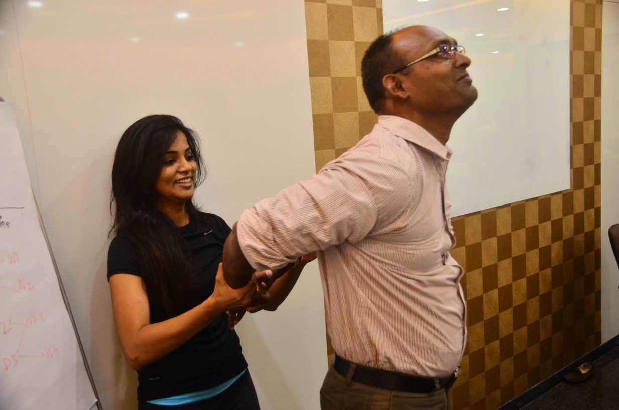 yoga trainer instructor in mumbai