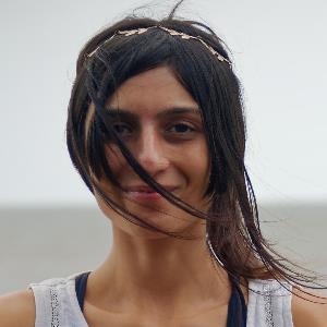 yoga instructor Dhara
